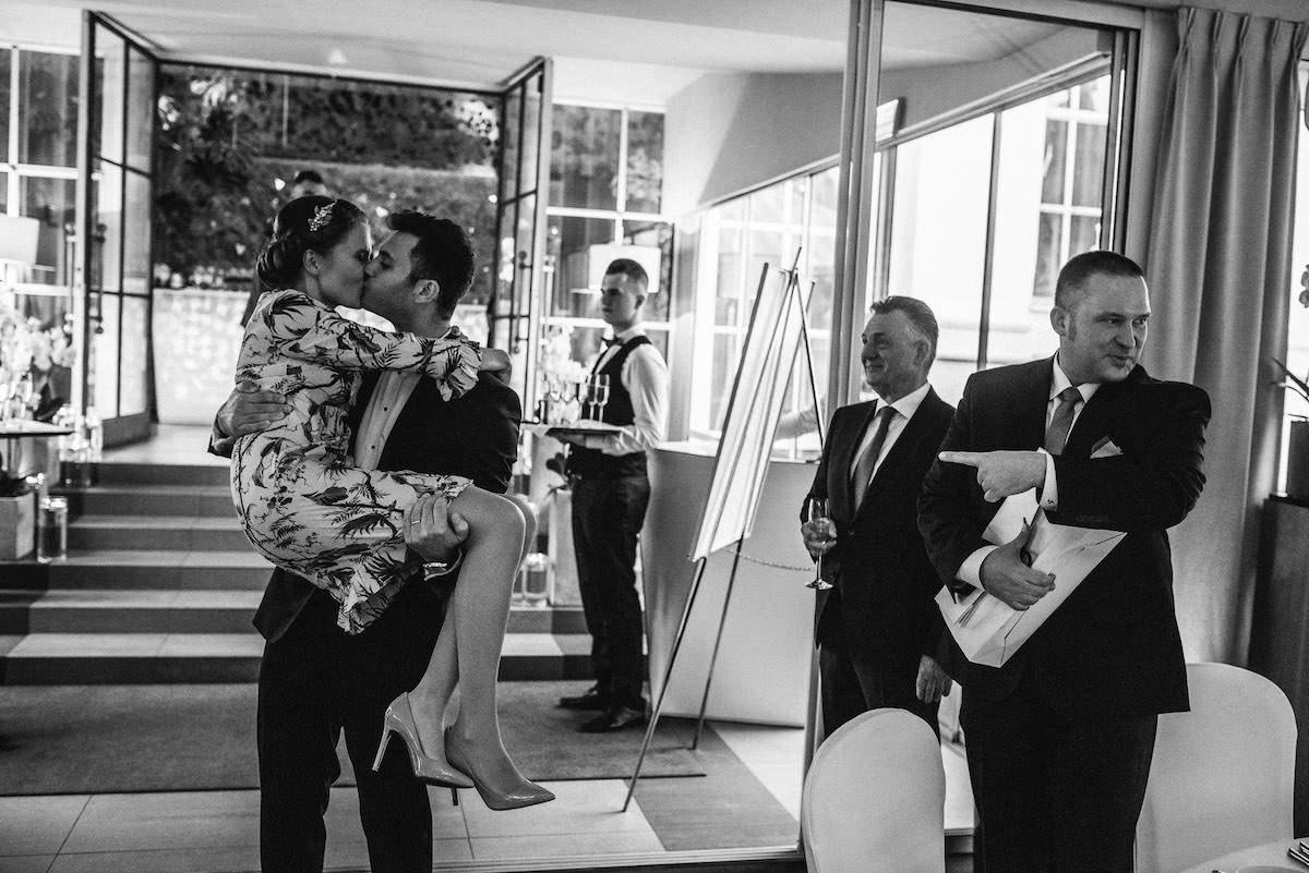 Warsaw Wedding Photographer Belvedere Restaurant Poland 19