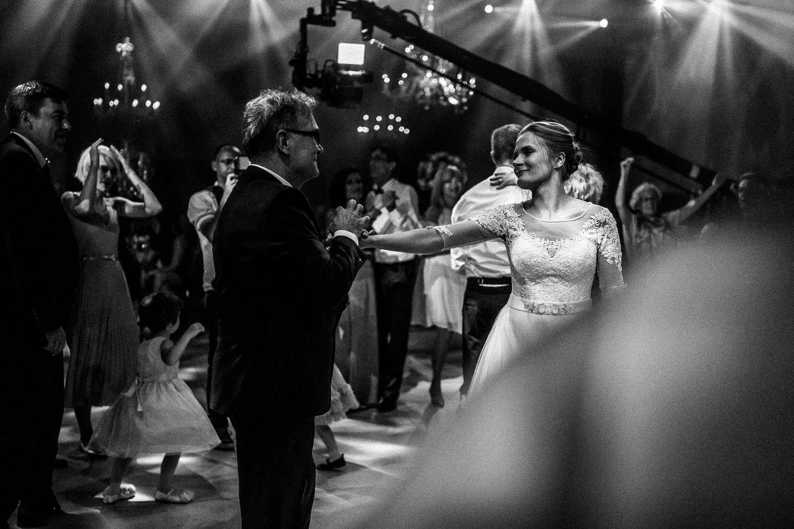 tel aviv wedding first dance party