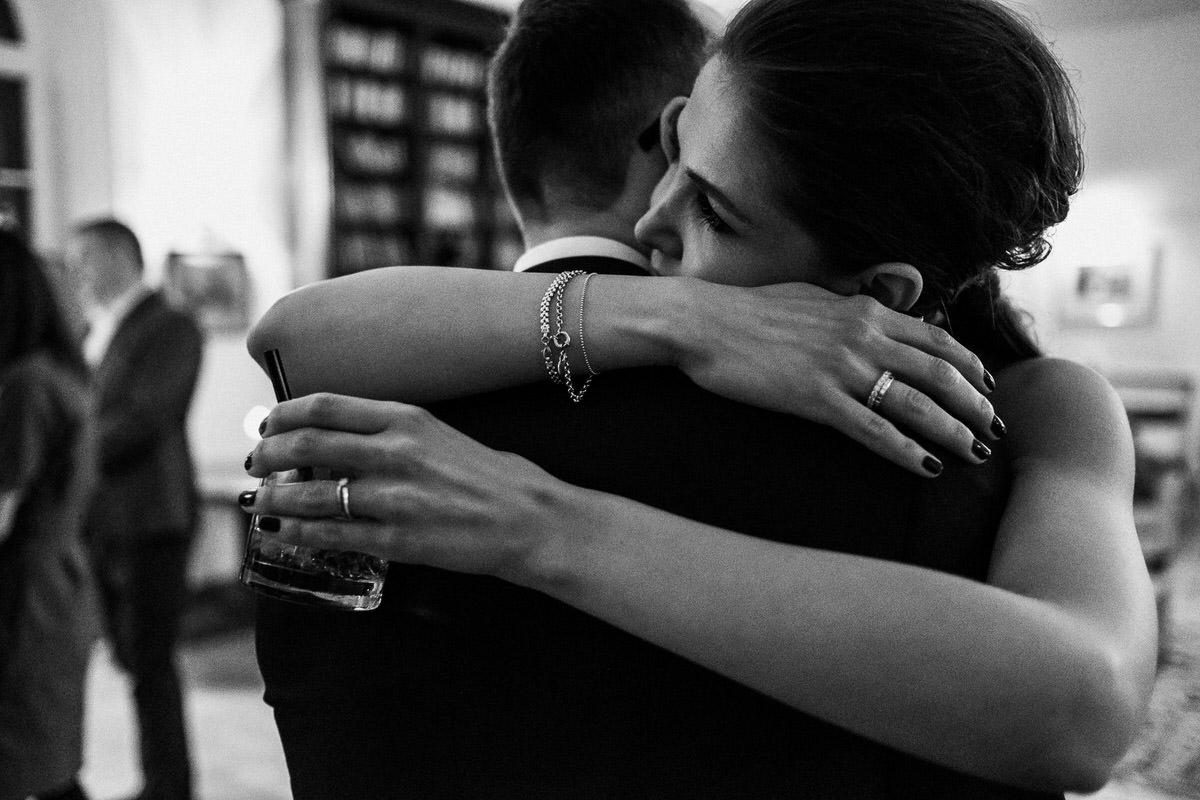 documentary wedding photography 096