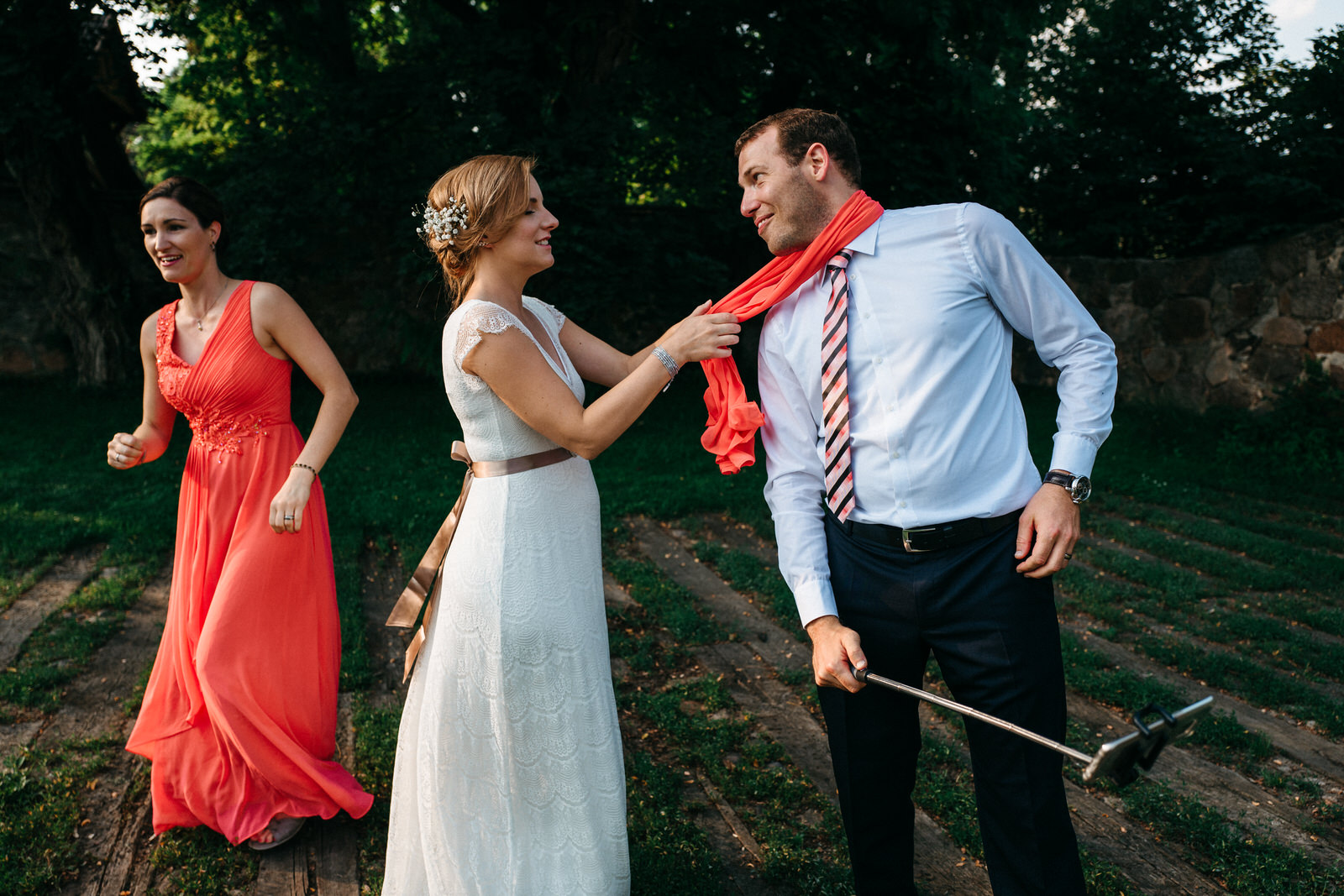 relaxed outdoor wedding 033