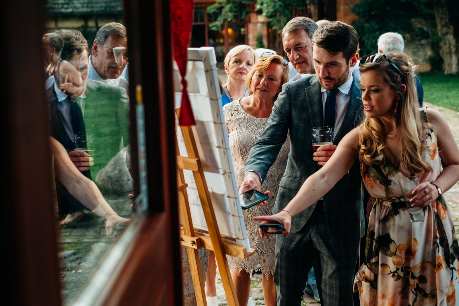 relaxed outdoor wedding 035